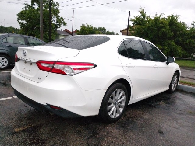 Toyota Camry 2018 price $21,950