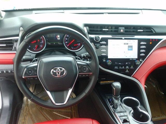Toyota Camry 2018 price $31,950