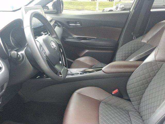 Toyota C-HR 2019 price $26,450