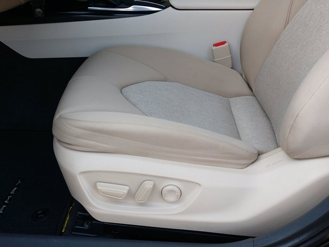 Toyota Camry 2019 price $23,450