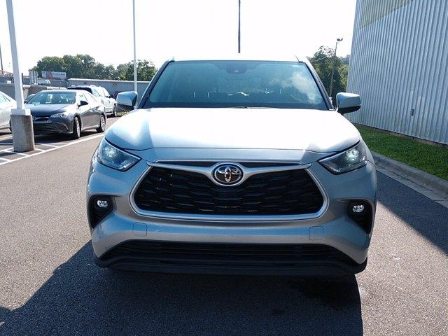 Toyota Highlander 2021 price $41,489