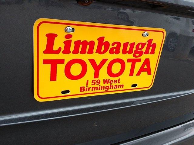 Toyota Highlander 2021 price $59,100