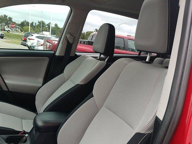 Toyota RAV4 2017 price $25,251