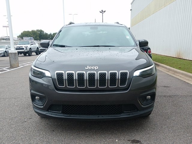 Jeep Cherokee 2020 price $27,955
