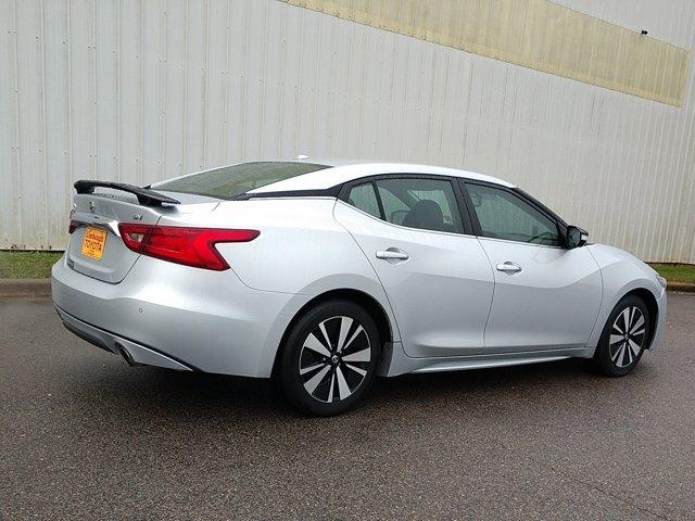 Nissan Maxima 2018 price $27,650
