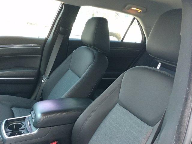 Chrysler 300 2018 price $24,655