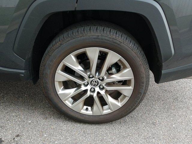 Toyota RAV4 2021 price $37,450
