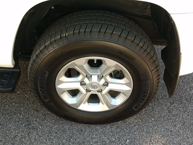 Toyota 4Runner 2018 price $42,455