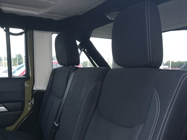Jeep Wrangler Unlimited 2013 price $30,450