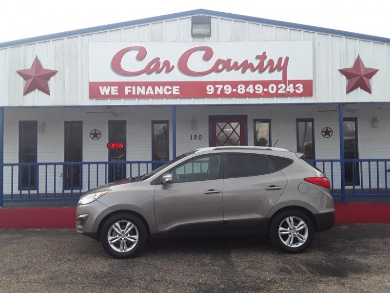 Hyundai Tucson 2012 price $9,995