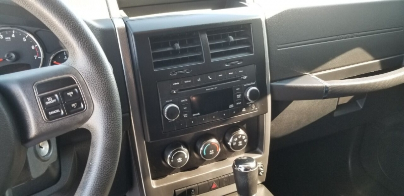Jeep Liberty 2011 price $11,495