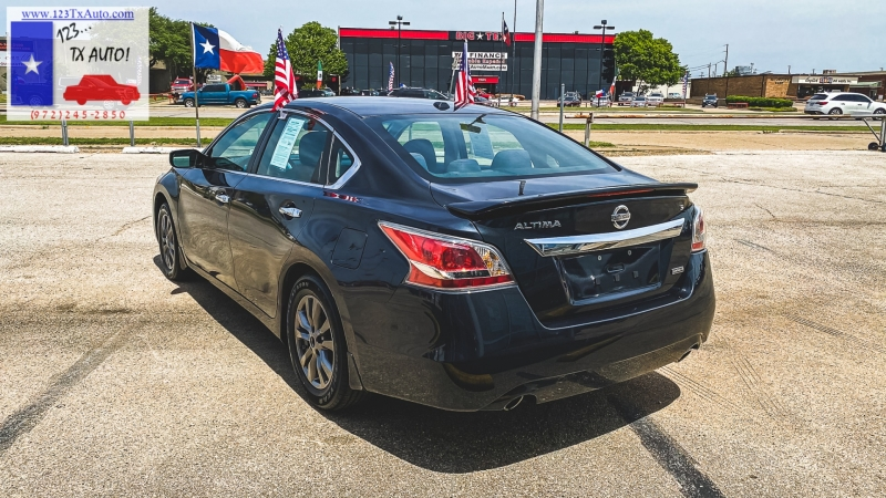 Nissan Altima 2015 price **WE FINANCE!**