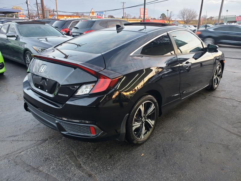 Honda Civic Coupe 2017 price $17,900