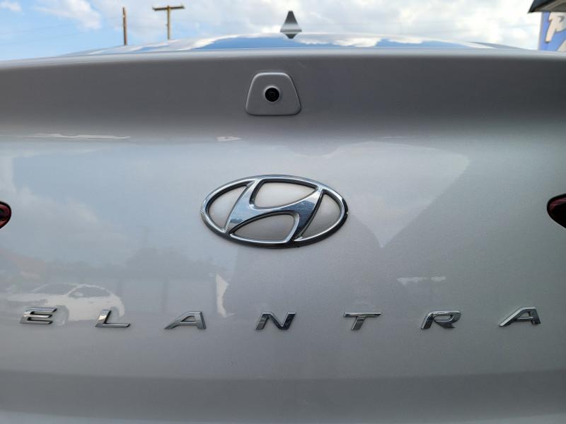 Hyundai Elantra 2019 price Call for Price