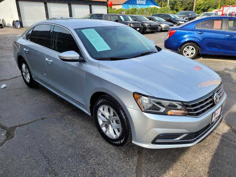 Volkswagen Passat 2016 price $15,350