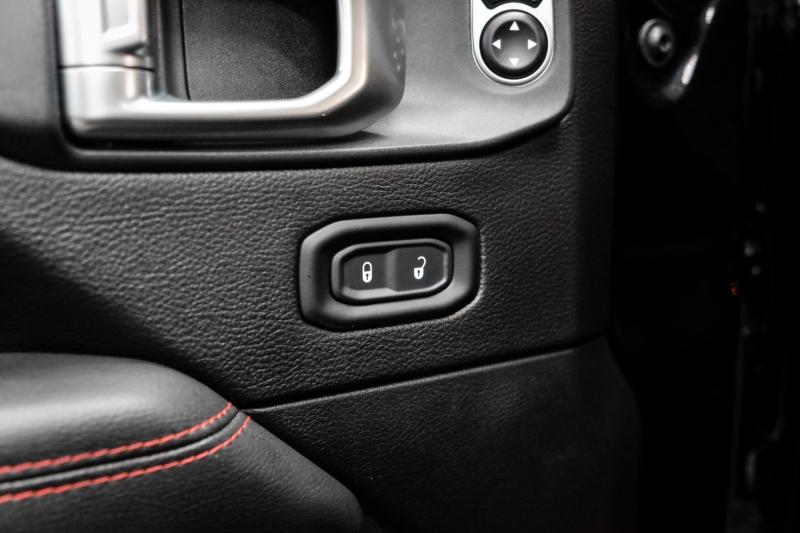 Jeep Gladiator 2020 price $76,995