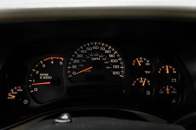 Chevrolet Silverado 2500HD 2005 price $12,995