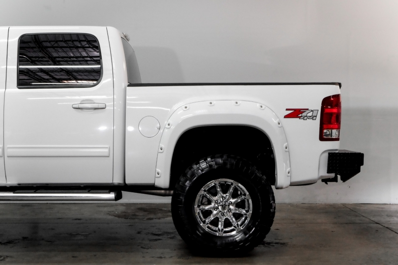 GMC Sierra 1500 2011 price $21,995
