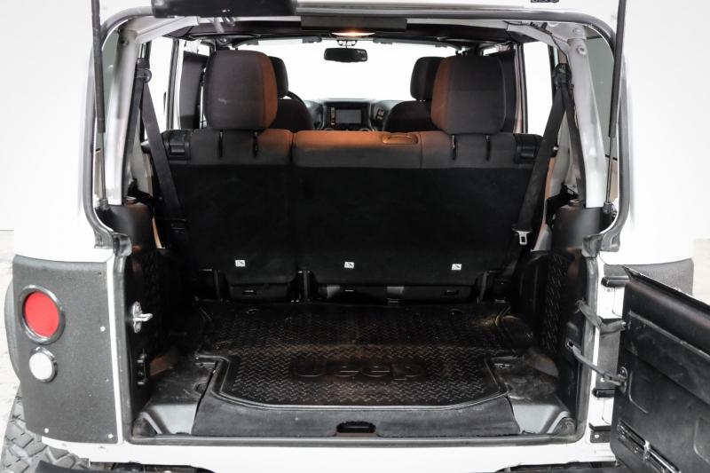 Jeep Wrangler Unlimited 2017 price $35,995