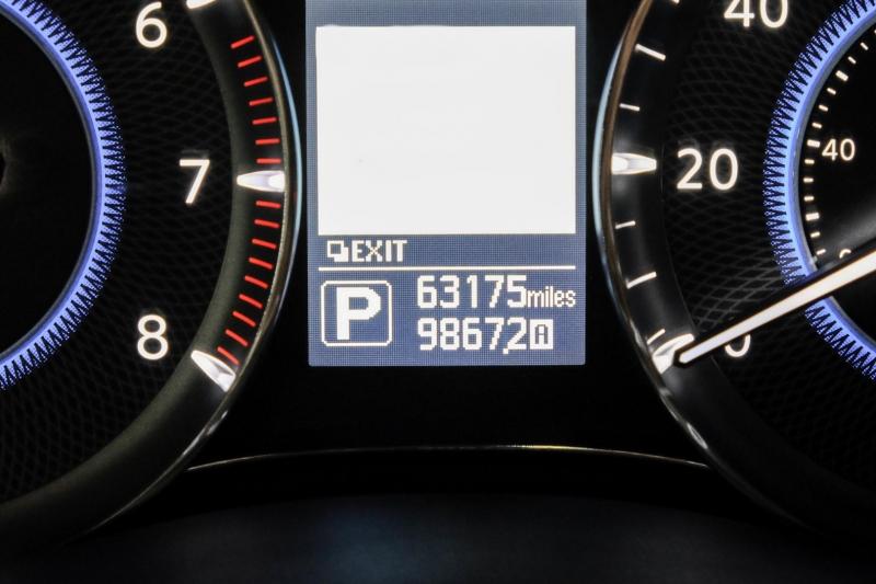Infiniti QX80 2016 price $32,895