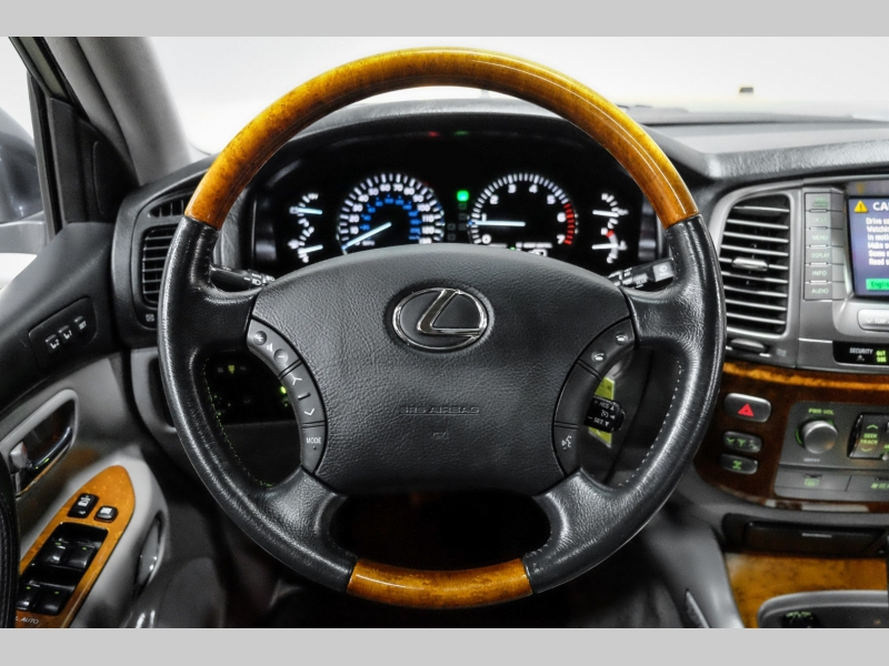 Lexus LX 470 2006 price $33,991