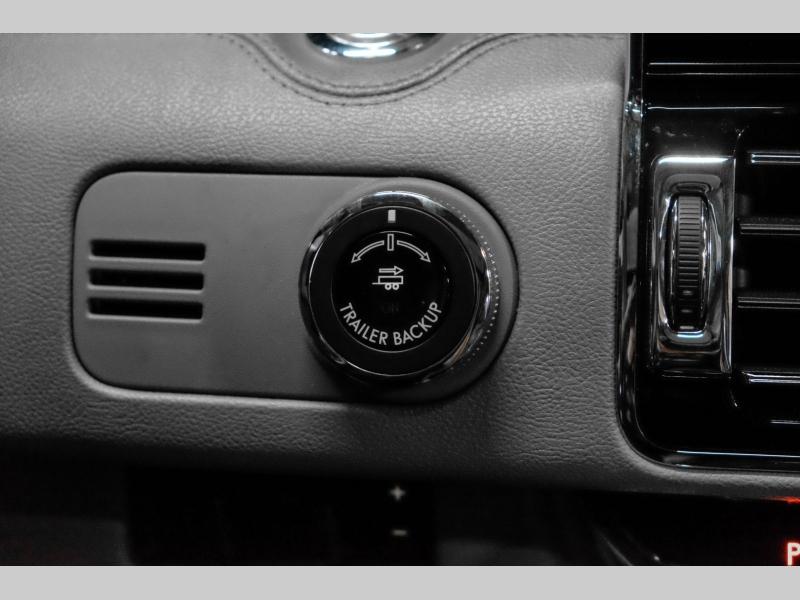 Lincoln Navigator L 2018 price $69,991