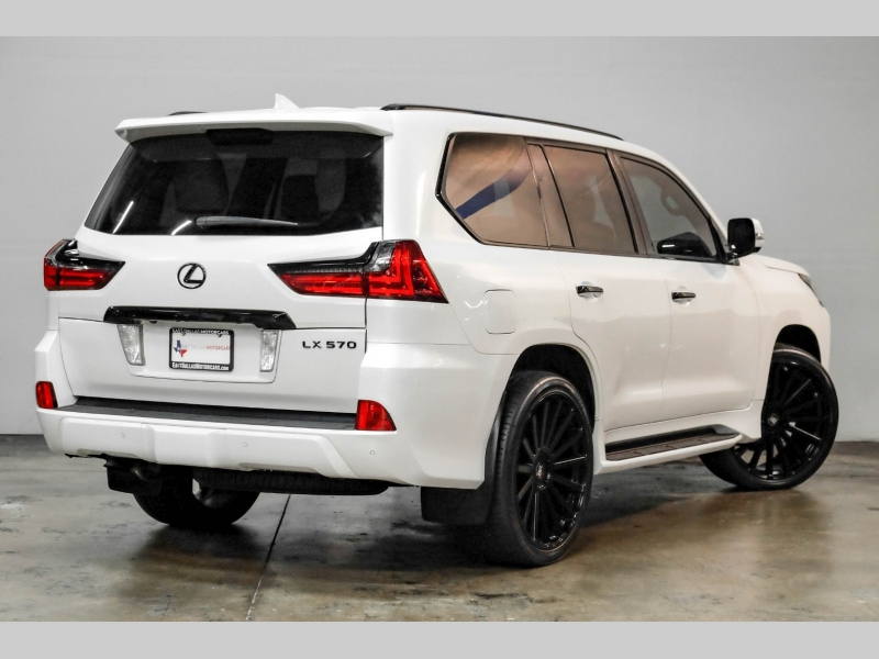 Lexus LX 570 2016 price $66,991