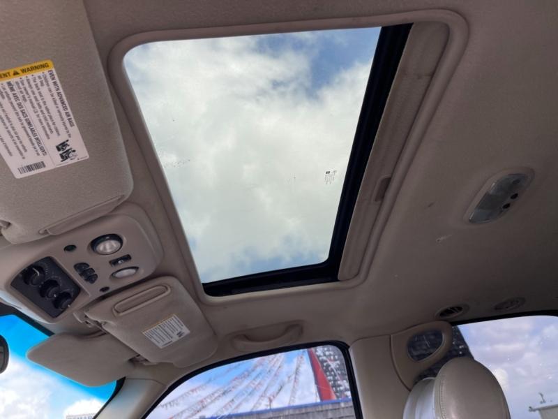 Cadillac Escalade 2003 price $5,450