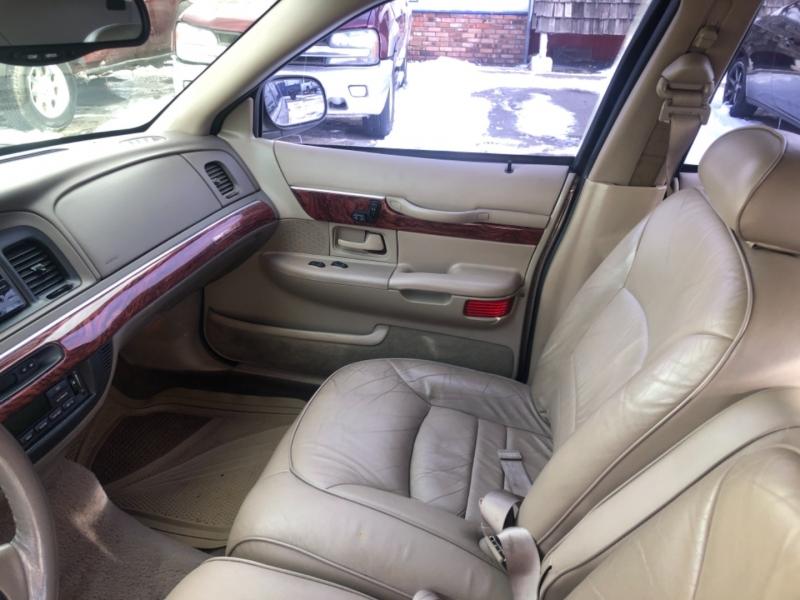 Mercury Grand Marquis 2001 price $2,799