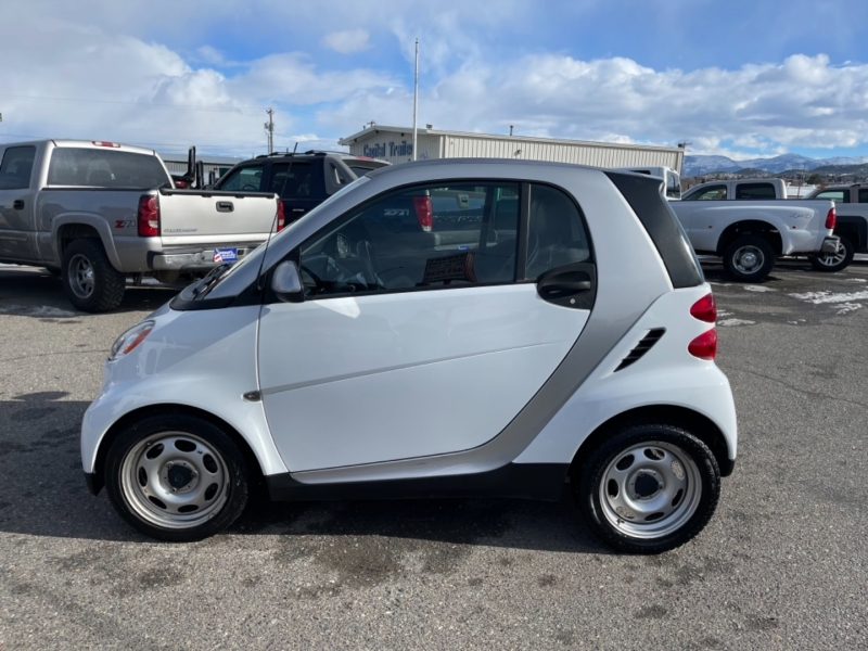 Smart fortwo 2012 price $5,495