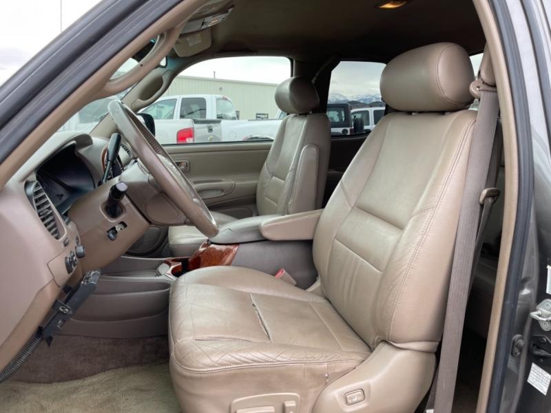 Toyota Tundra 2004 price $9,999