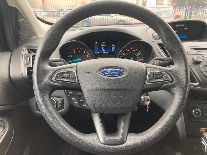 Ford Escape 2017 price $2,200