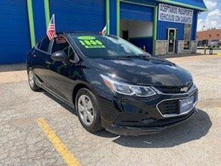 Chevrolet Cruze 2017 price $1,800