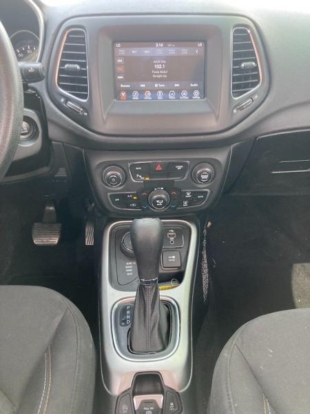 Jeep Compass 2018 price $2,900