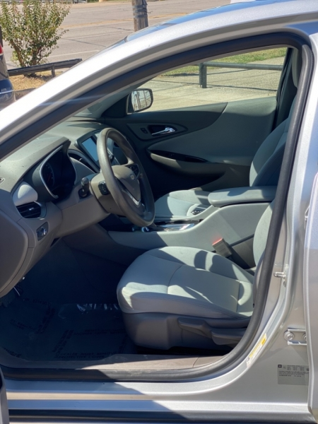 Chevrolet Malibu 2016 price $2,300