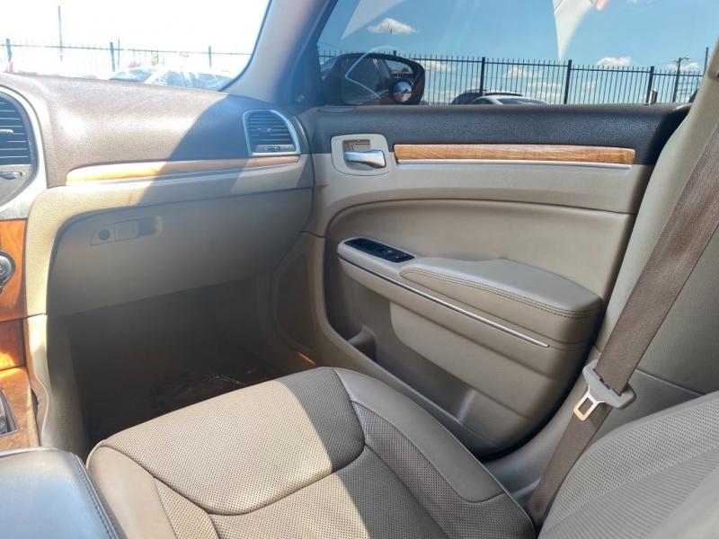 Chrysler 300 2014 price $2,500