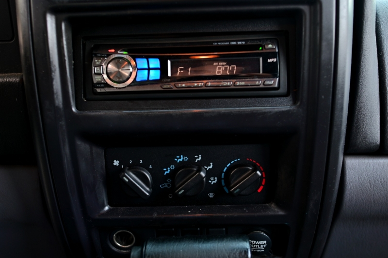 Jeep CHEROKEE 1998 price $2,950
