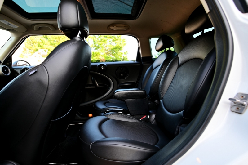 Mini Cooper Countryman 2012 price $8,750