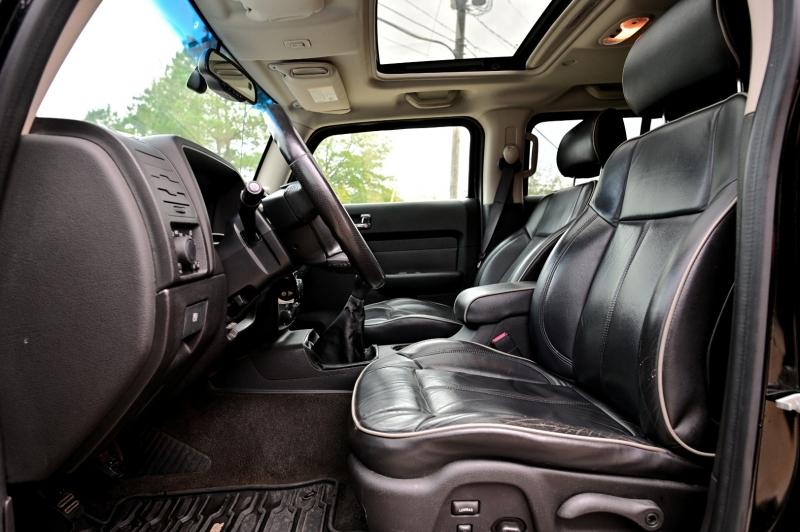 Hummer H3 2006 price $8,450