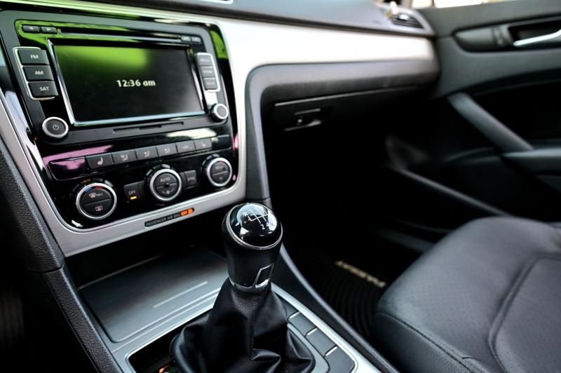 Volkswagen Passat 2012 price $6,850