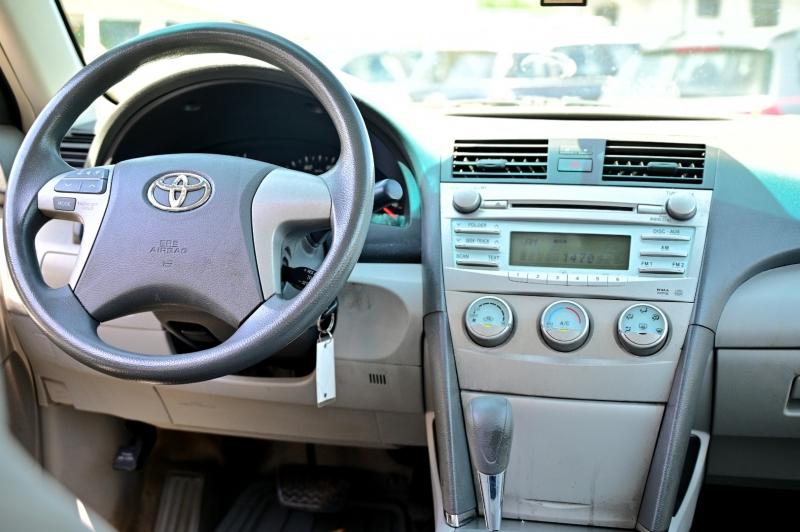 Toyota Camry 2009 price $5,750