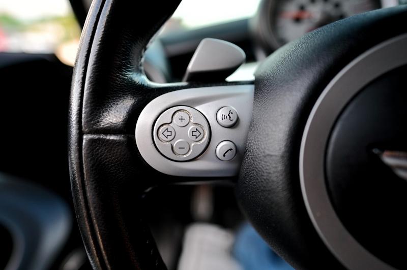 Mini Cooper Hardtop 2010 price $6,950