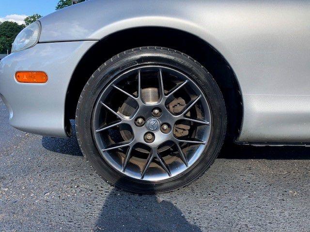 Mazda MX-5 MIATA 2004 price $8,285