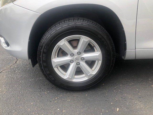 Toyota HIGHLANDER 2009 price $10,295