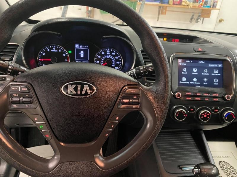 Kia Forte5 2017 price $8,499