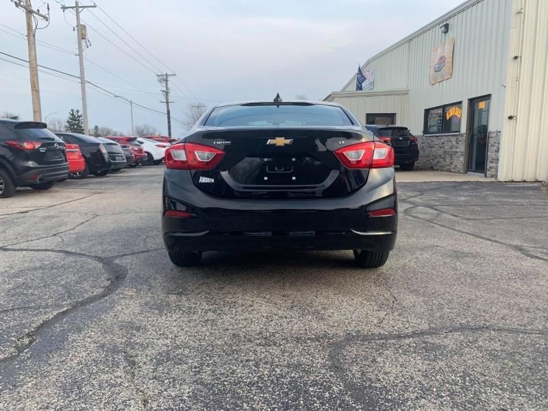 Chevrolet Cruze 2017 price $11,799