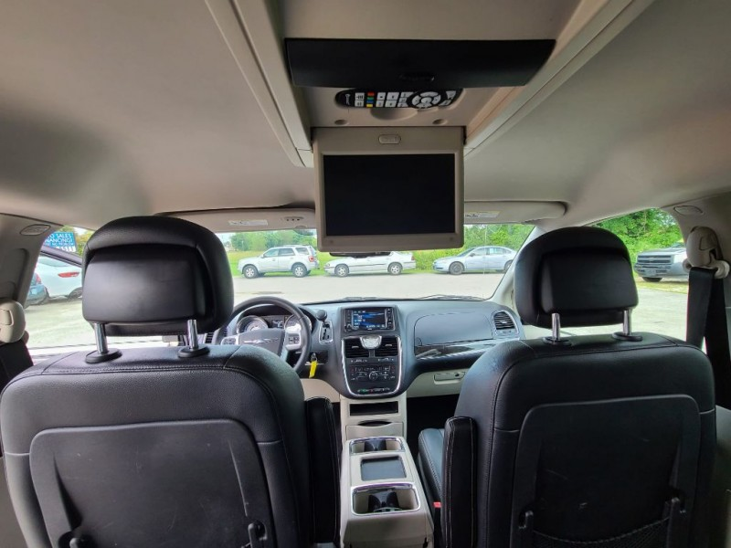 CHRYSLER TOWN & COUNTRY 2013 price $11,575