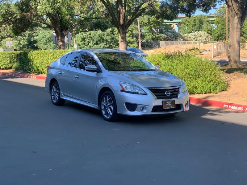Nissan Sentra 2015 price $8,999