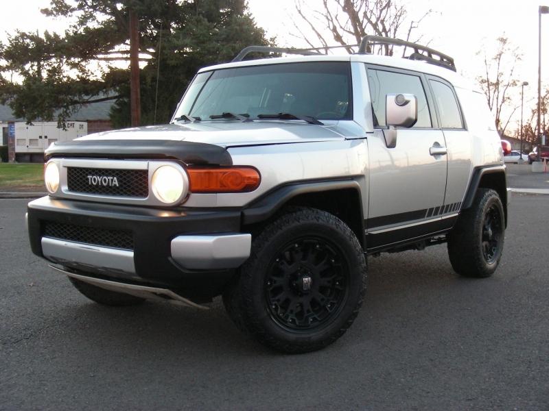Toyota FJ Cruiser 2007 price $19,995