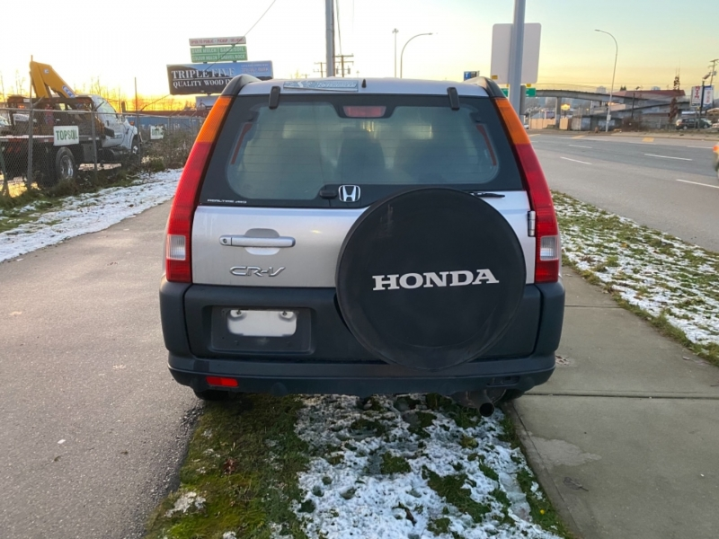 Honda CR-V 2004 price $4,988